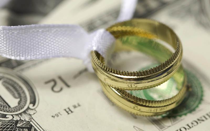 ۱۷۶ هزار نفر تسهیلات ازدواج از بانک ملی ایران دریافت کردند