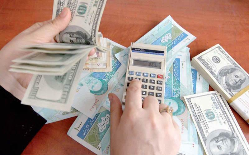 اصرار کمیسیون اقتصادی بر مدیریت بازار ارز توسط بانک مرکزی