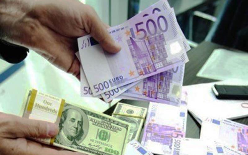 بازار ارز؛ همچنان عرضه کمتر از تقاضا