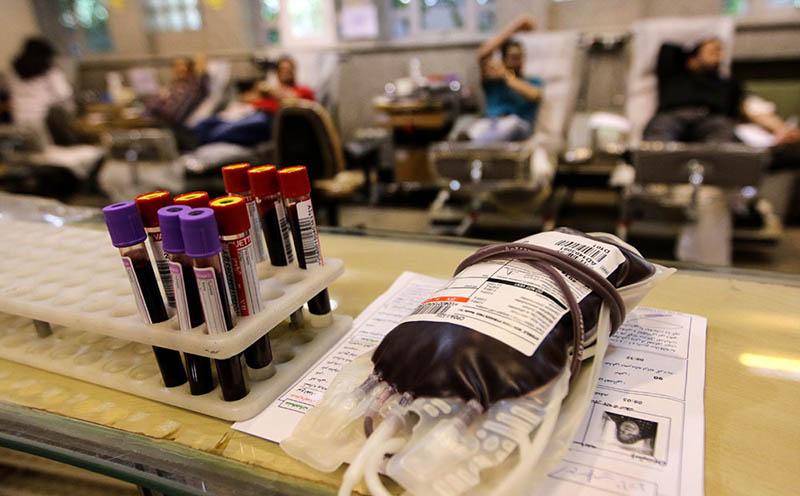 همیاری اهالی ادبیات با زلزلهزدگان در پایگاه انتقال خون
