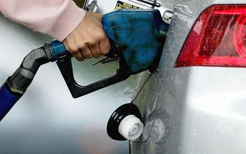 شاید بنزین کارتی شود