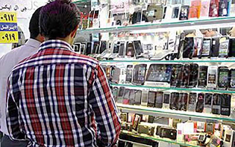 رجیستری نه، تعرفه واردات گوشی را کاهش دهید