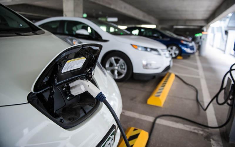 ایدرو با همکاری استرالیا خودرو برقی میسازد