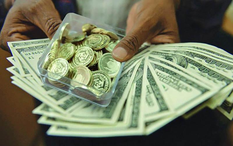 در روز ارزانی دلار سکه همچنان در حباب ماند