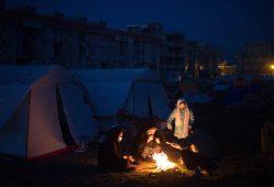 کمپین اهل قلم برای حمایت از زلزلهزدگان کرمانشاه