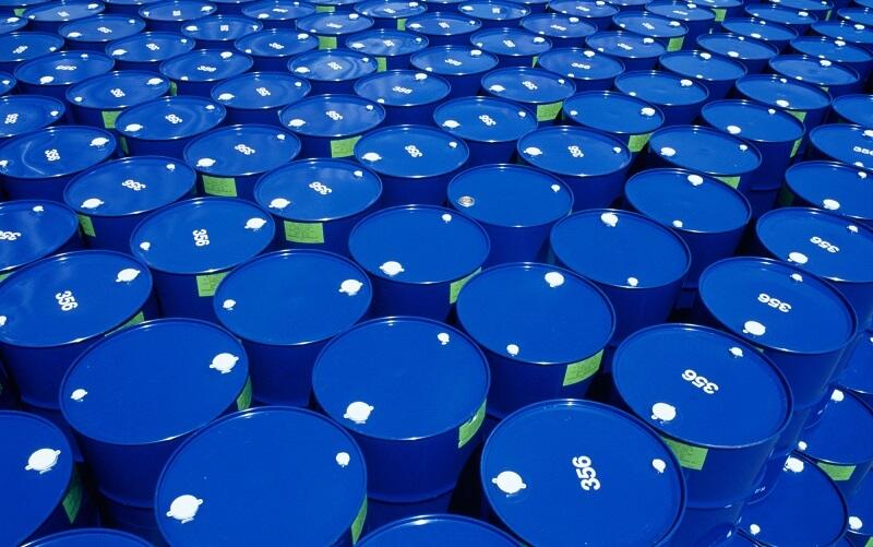 عربستان صادرات نفت خود را ۳.۵ میلیون بشکه کاهش می-دهد