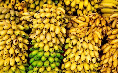 واردات موز به ازای صادرات سیب و پرتقال
