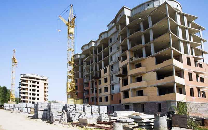 اعلام رشد اقتصادی وخیم و بیسابقه کشور / هزینههای صرف شده در بخش ساختمان فراتر از واردات!