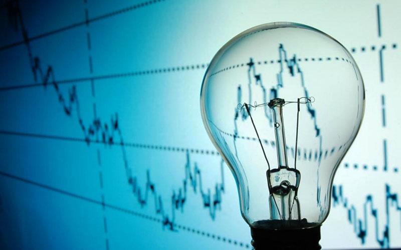 تقاضای برق در سالهای آینده به ۷ درصد افزایش مییابد
