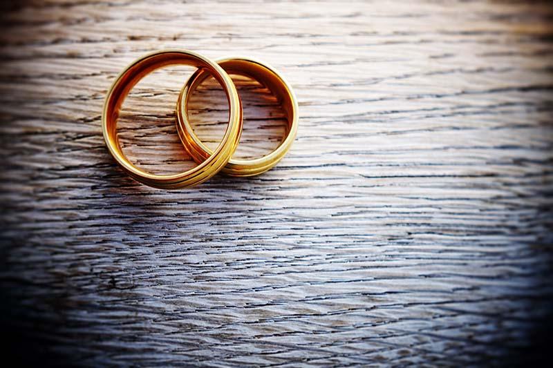 شرایط عجیب پرداخت وام ازدواج/ کارت یارانه ۱۶ نفر را بیاورید!
