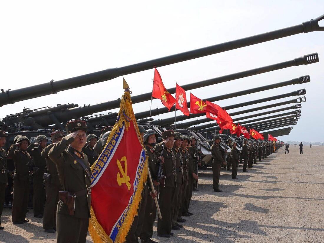 احتمال تقابل نظامی آمریکا و کره شمالی در سال آینده