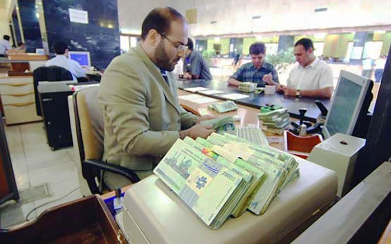 سطح اعتماد عمومی با شفافسازی امور بانکی افزایش مییابد