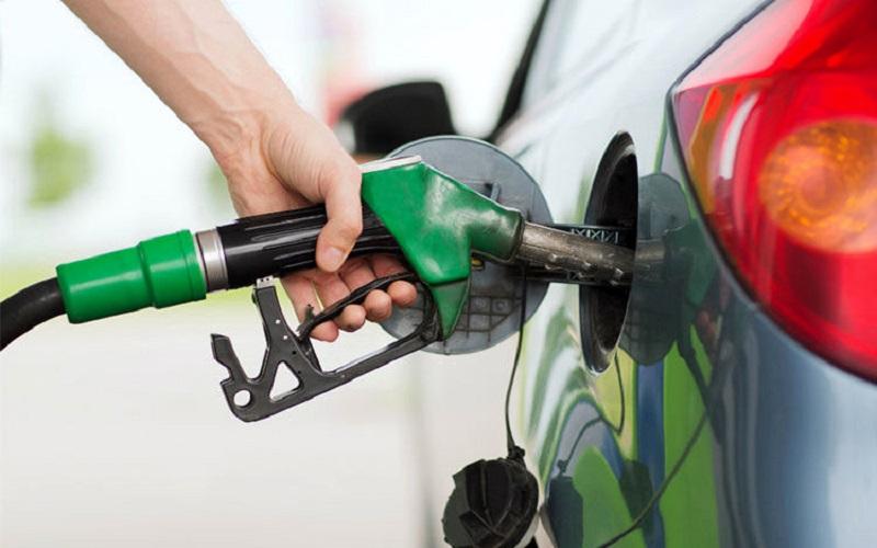 کمبود بنزین نداریم