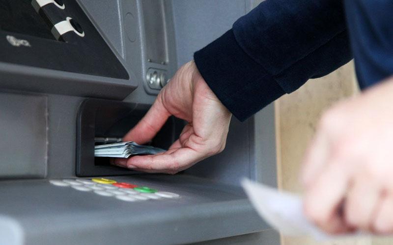 اطلاعات تراکنشهای بانکی به سازمان مالیاتی داده میشود