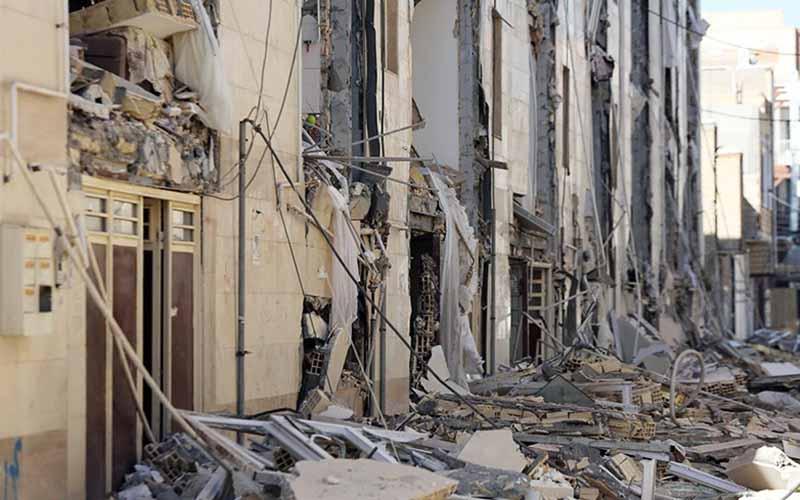 زلزله برای چهارمین روز متوالی تازهآباد کرمانشاه را لرزاند