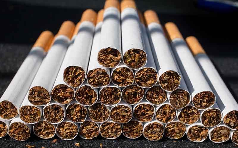 کاهش ۷۶ درصدی واردات سیگار در سال ۹۶