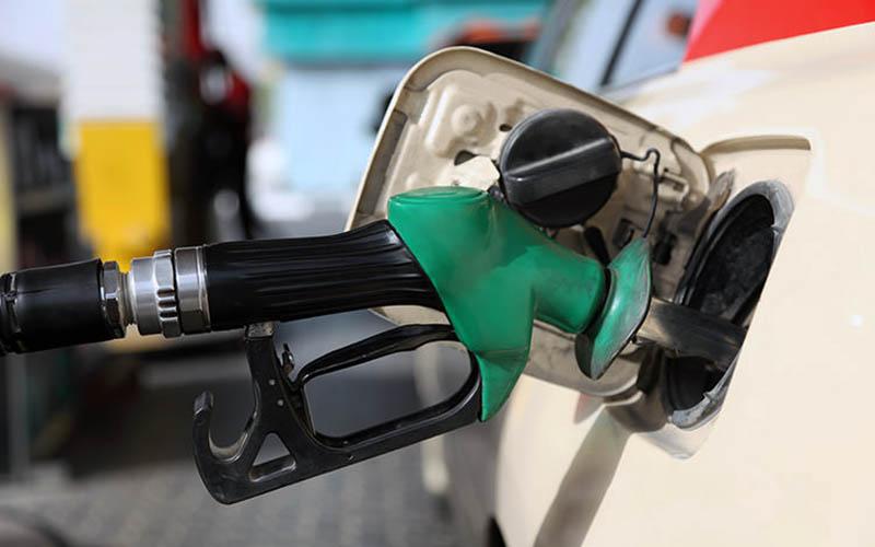 دولت و کمیسیون تلفیق فعلا موافق افزایش قیمت بنزین نیستند