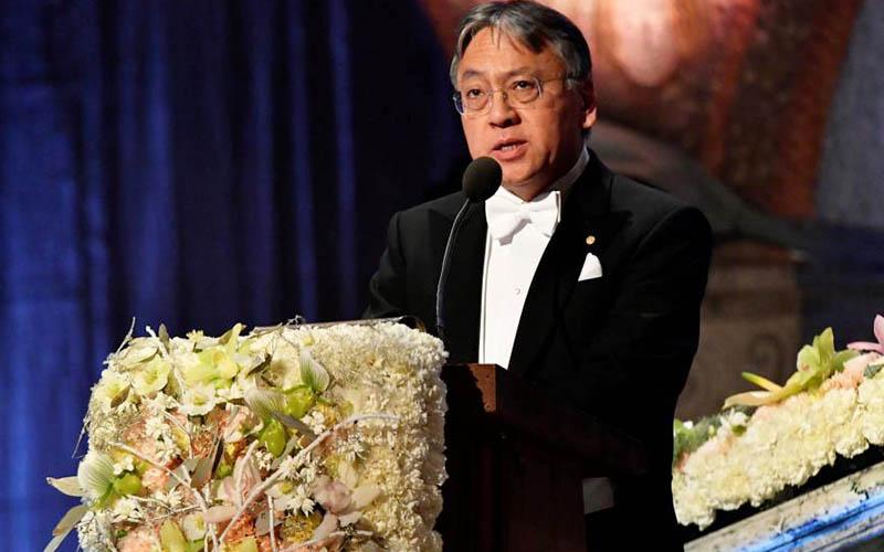 ایشیگورو بیحاشیه مدال نوبل را دریافت کرد