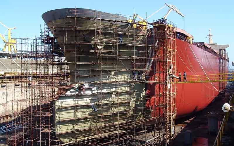 ساخت ۱۷۶ فروند شناور با سرمایهگذاری ۱.۷ میلیارد دلاری