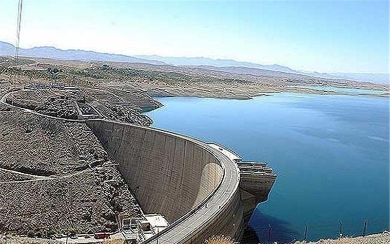 ۱۰ درصد از حجم کلی سد زایندهرود دارای آب است