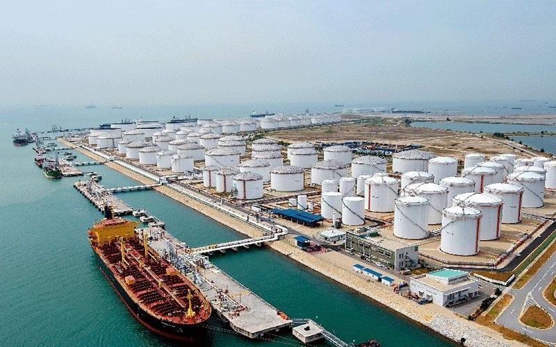 قیمت نفت خام سبک ایران ۶۲ دلار شد