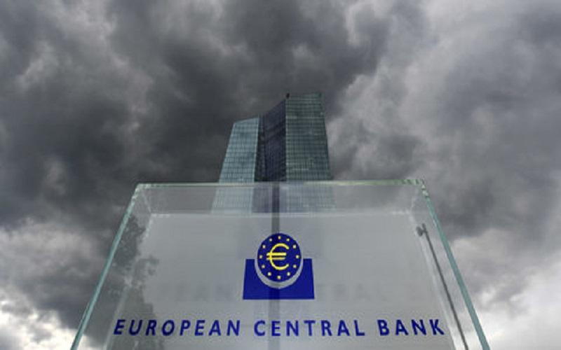 رد دستهای آلوده بانک مرکزی اروپا در ورشکستگی بانکهای یونان