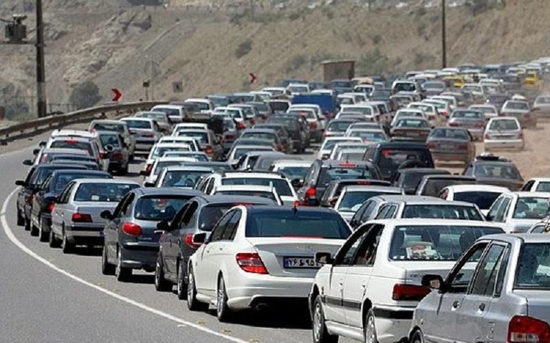 حجم تردد در جادههای کشور ۹٫۷ درصد افزایش یافت