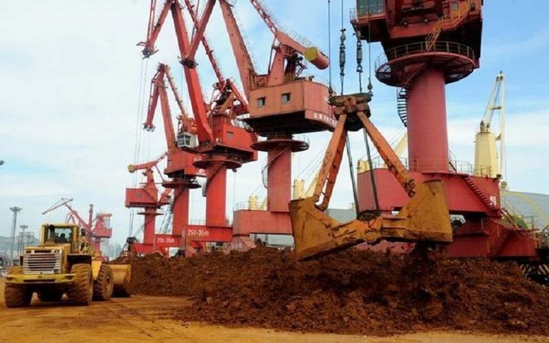 افزایش قیمت سنگآهن با وجود افت معاملات فولاد