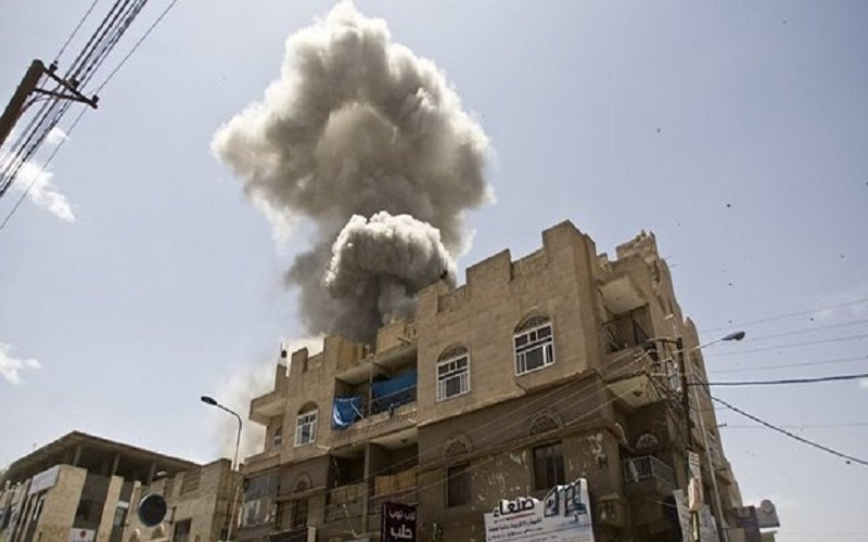 ۳۶ کشته و دهها زخمی در حمله ائتلاف متجاوز سعودی به یک زندان در صنعا