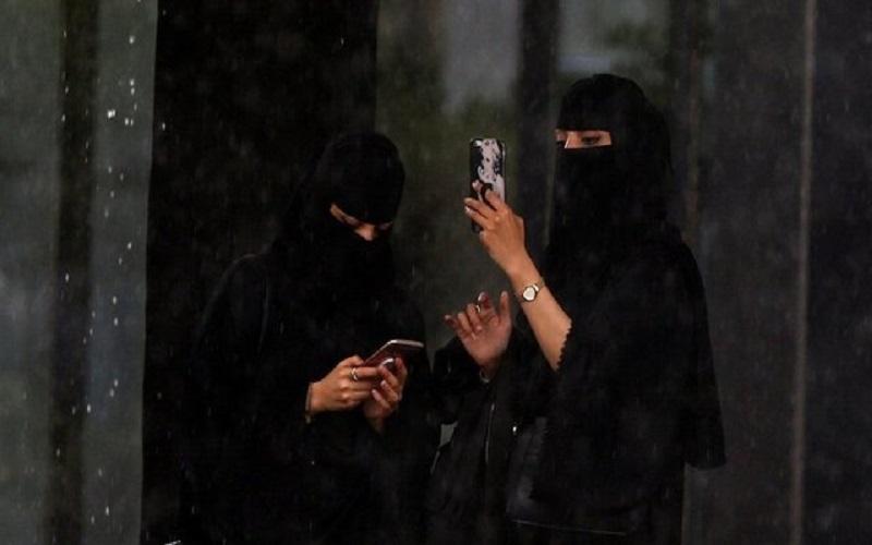 دادگاهی در عربستان شرط «پوشیه داشتن» زنان را برداشت