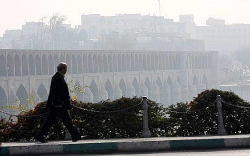 مدارس اصفهان تا پایان هفته تعطیل شد