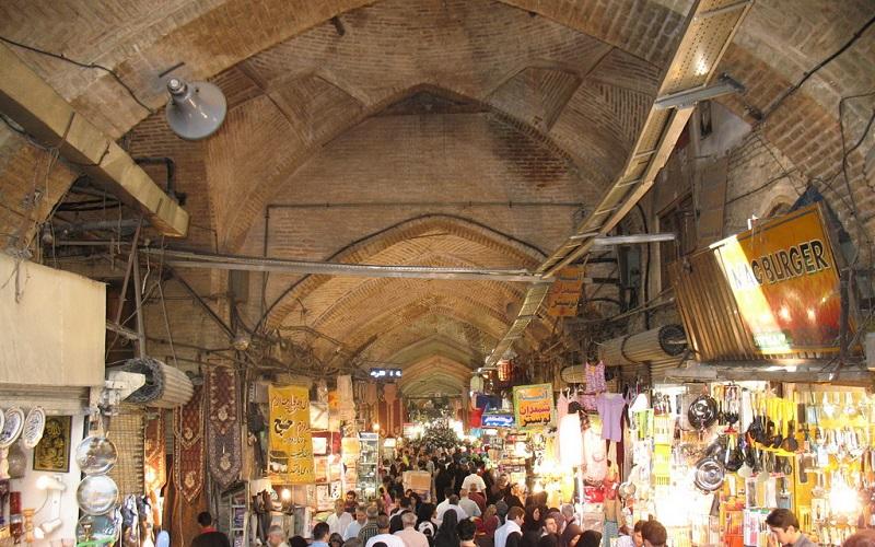 گرانفروشی و عدم درج قیمت، تخلفات شایع در بازار اصفهان
