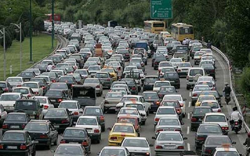 افزایش ۵۰ درصدی تردد خودروها پس از تعیین ساعت تعطیلی صنوف