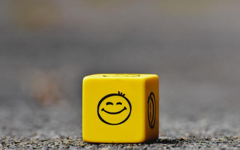 ۱۰ دارایی آدمهای شاد که پول جزء آنها نیست