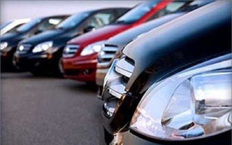 بازار خودرو باید از حالت انحصاری خارج شود