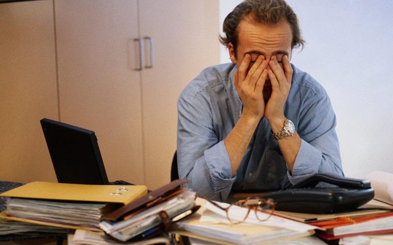 ۶ عادت غلط که باعث احساس خستگی دائم میشود