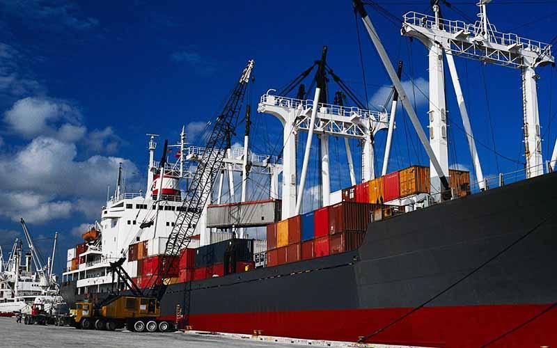 رشد ۱۲۰ درصدی تراز تجاری کشور