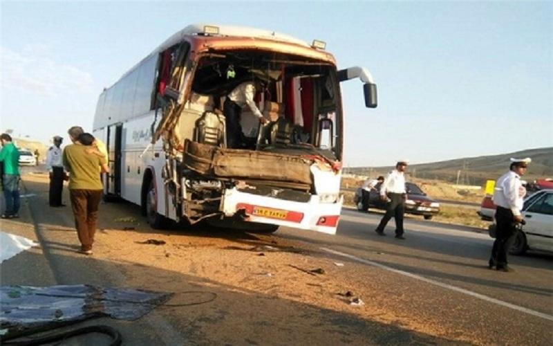 انحراف اتوبوس در نیشابور ۱۸ مصدوم برجای گذاشت