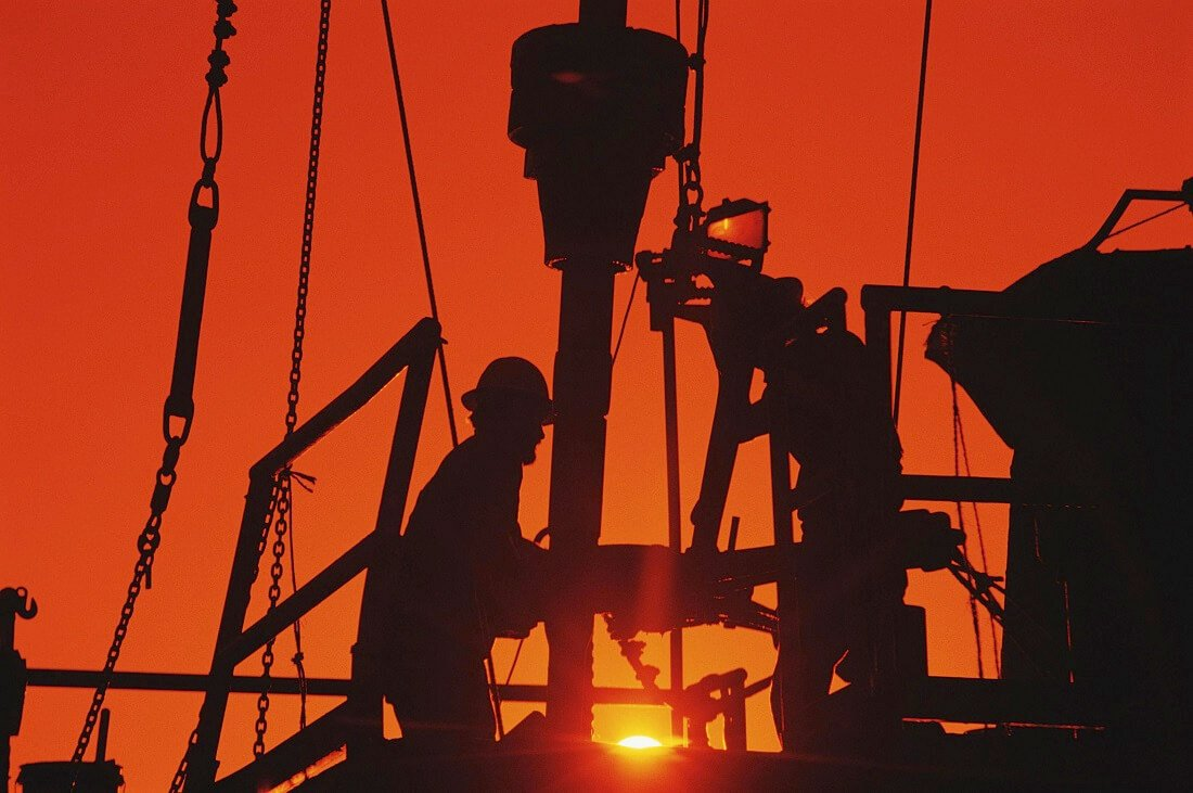 تقابل اوپک و تولیدکنندگان شیل