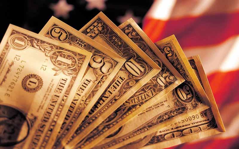 رشد اقتصادی آمریکا کاهش مییابد