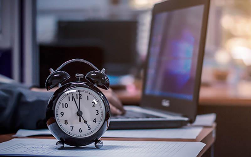 مردم کدام کشورها ساعتهای بیشتری کار میکنند؟