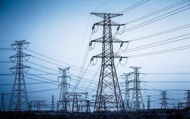 آمادگی صنعت برق یزد برای رویارویی با شرایط بحرانی در تابستان