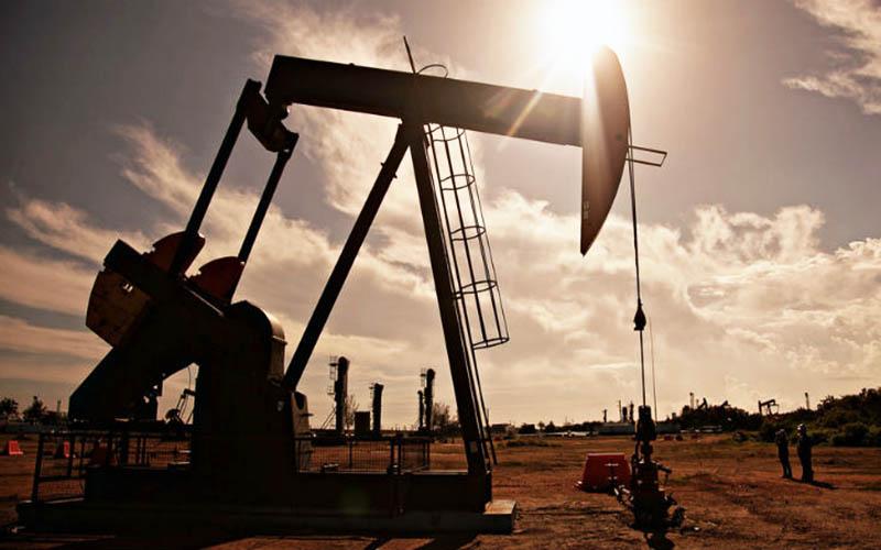 قیمت نفت در محدوده ۶۰ تا ۷۰ دلار باقی میماند