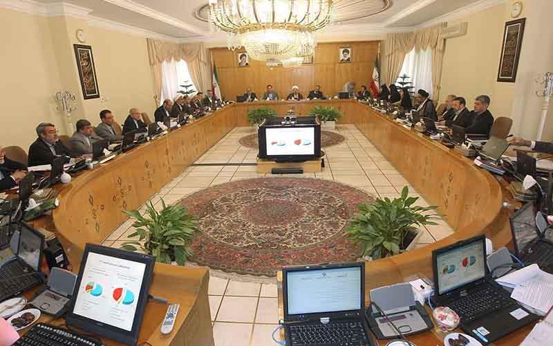 افزایش بهای آب، برق و گاز مشروط به تصویب هیئت وزیران