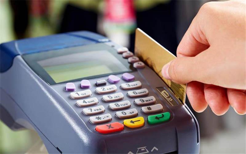فروش دستگاههای POS در فروشگاههای کالای رایانه غیرقانونی است