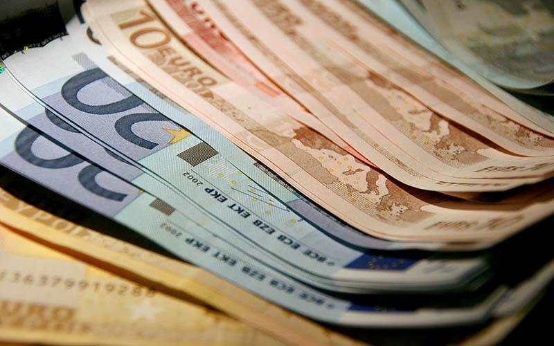 یورو گران و لیر ارزان شد