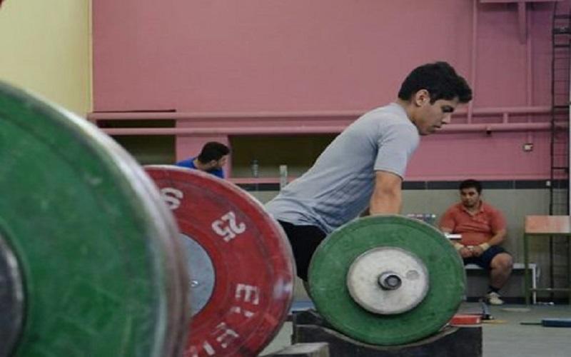۲۸ وزنهبردار در اردوی تیمهای ملی پایه