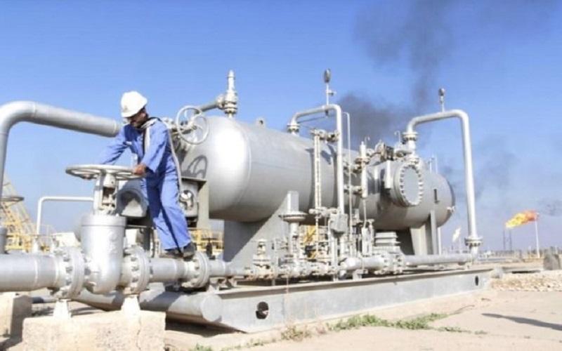تاثیر کاهش قیمت نفت بر صادرات فرآوردههای نفتی ایران