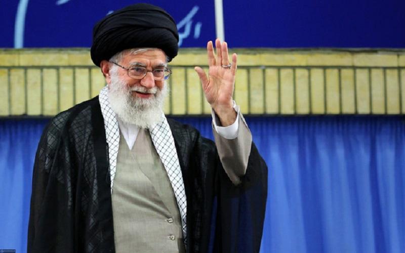 حضور رهبر انقلاب در مرقد مطهر بنیانگذار انقلاب اسلامی