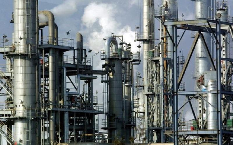 چالش صنعت نفت برای حفظ کارمندان زن